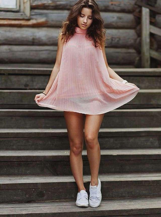 Красавицы в коротких платьях! (48 фото)