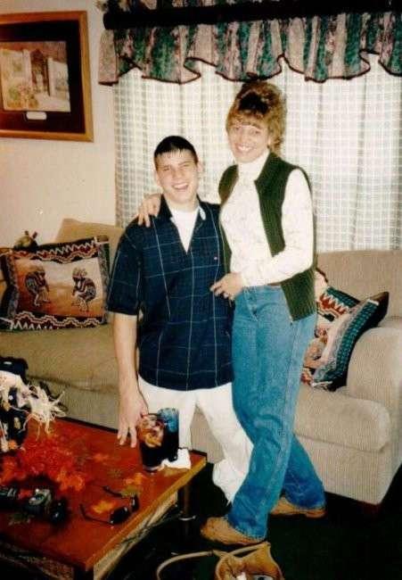 Безногий молодой человек стал тренером по кроссфиту (10 фото)