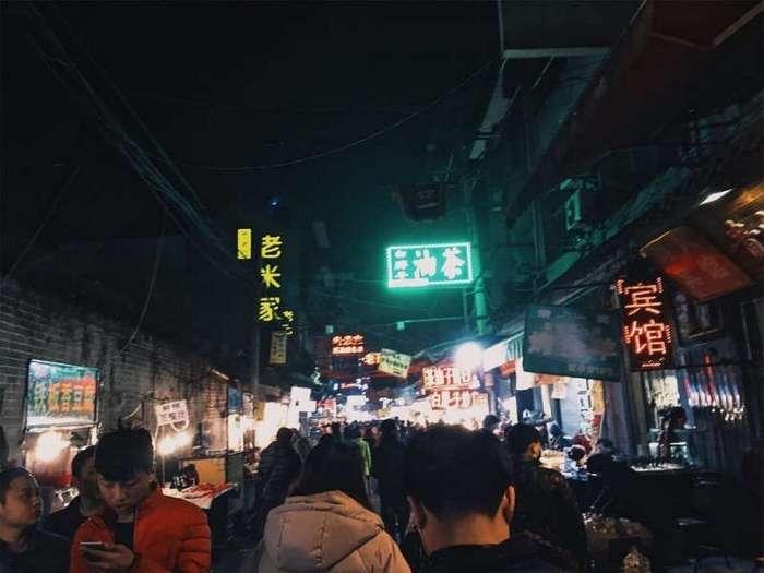 Гнев, торг и принятие. Культурный шок россиянки в Китае (5 фото)