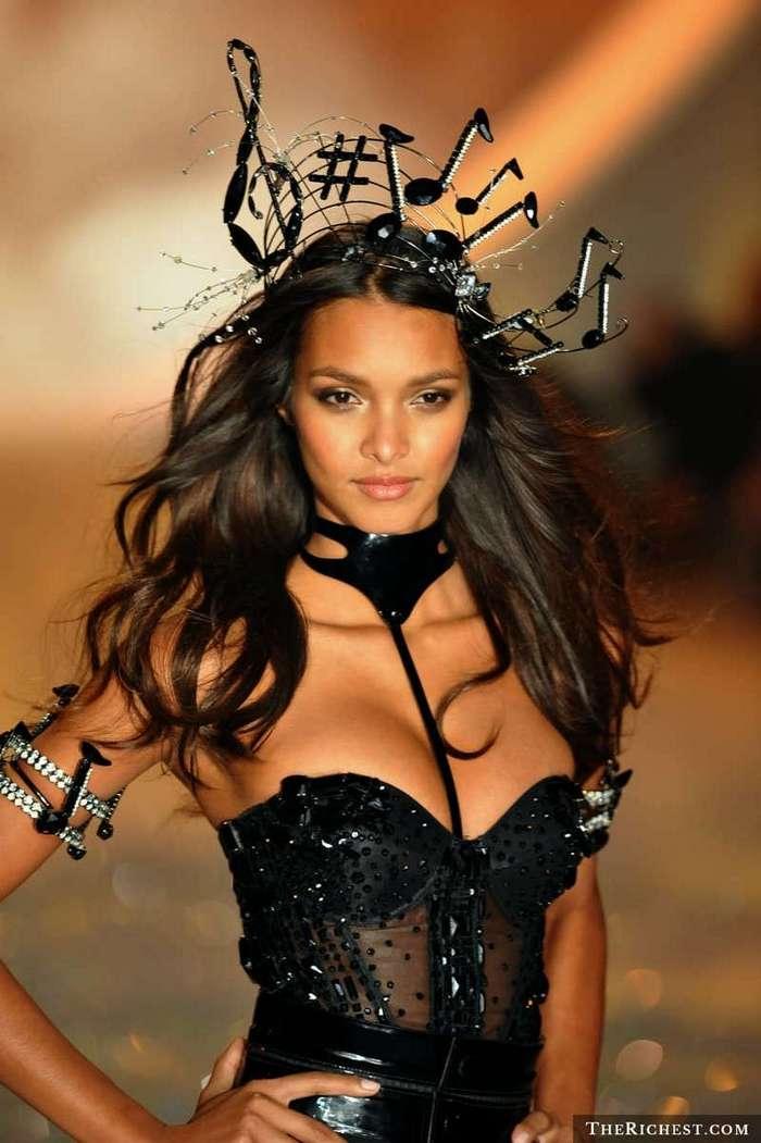 Самые красивые девушки Бразилии (12 фото)