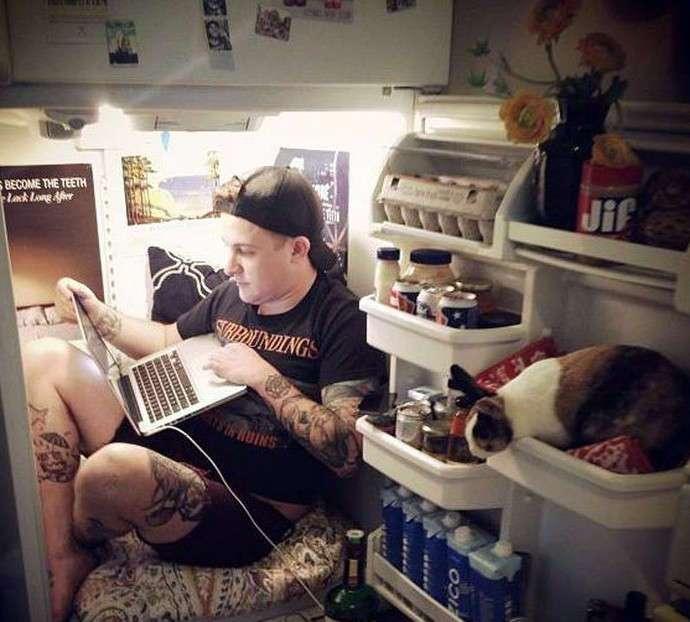Самое посещаемое место в квартире после кровати (17 фото)
