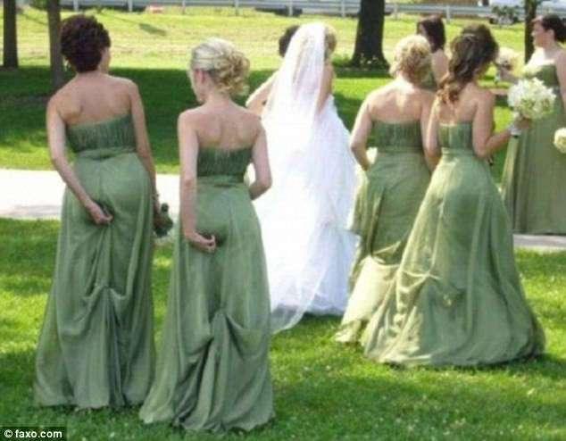 Самые курьезные свадебные фотографии, которые неловко показывать гостям (13 фото)