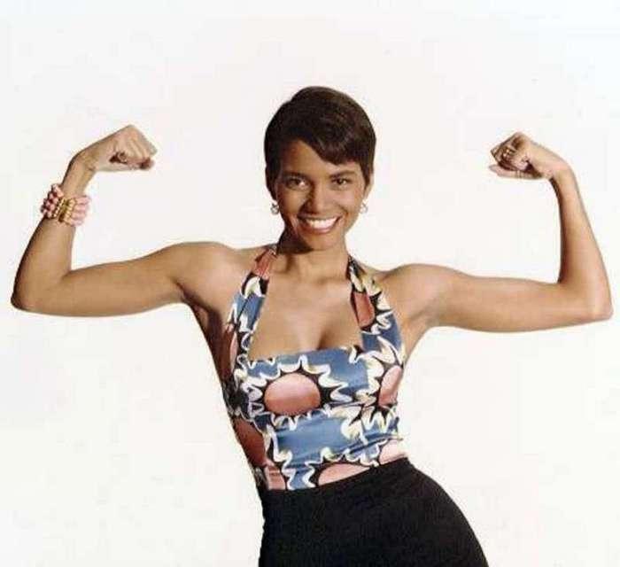 Горячая штучка: вот какой была Хэлли Берри в молодости (16 фото)
