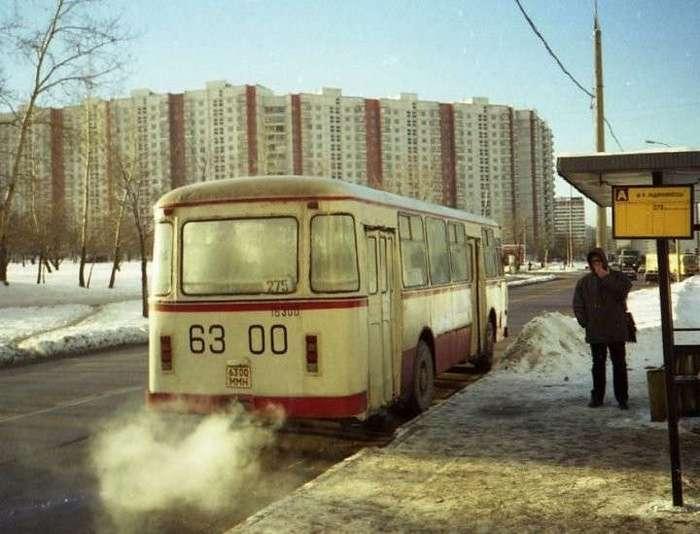 Один день из жизни советского человека (32 фото)