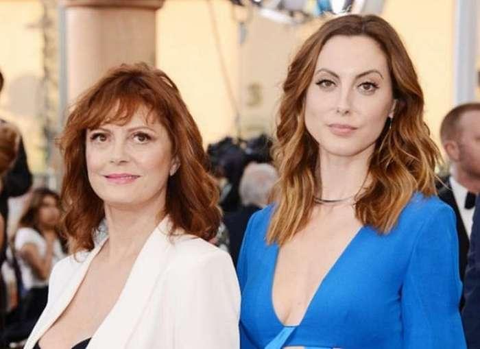 Знаменитые мамы, которые выглядят эффектнее своих детей