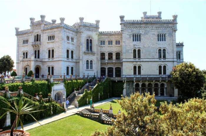 В Италии раздают замки