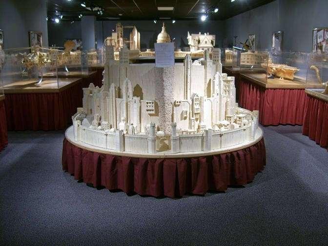 Удивительное хобби скульптора Патрика Актона