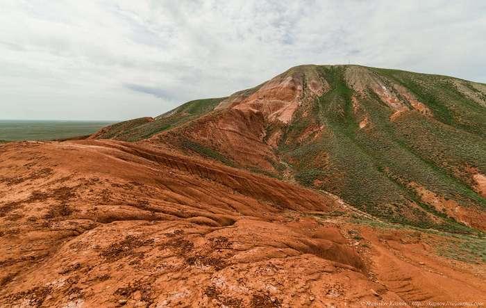 Удивительная гора Большое Богдо