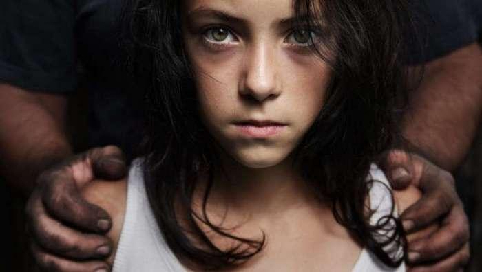 Детство в заточении: истории детей, долго пробывших у маньяков