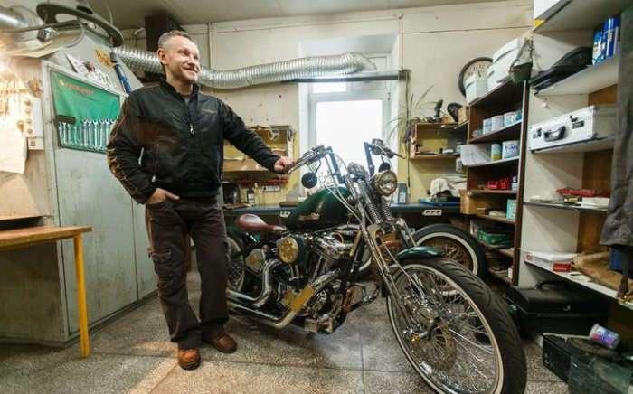 Народный мастер: белорус собрал у себя в гараже -Харлей- в стиле стимпанк