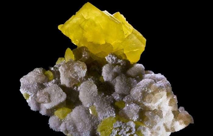 10 неожиданных способов использования знакомых химических элементов