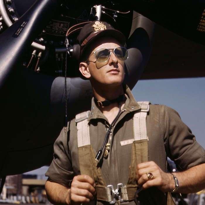 Чайные пакетики, часы и очки: 7 столь знакомых предметов, которые разработали на войне