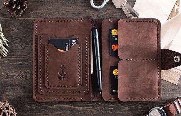 6 элегантных и практичных мини-бумажников для современного человека