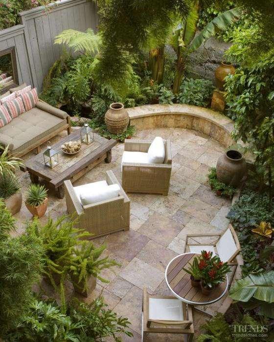 20 великолепных идей обустройства маленького двора, которые превратят его в место чудесного отдыха