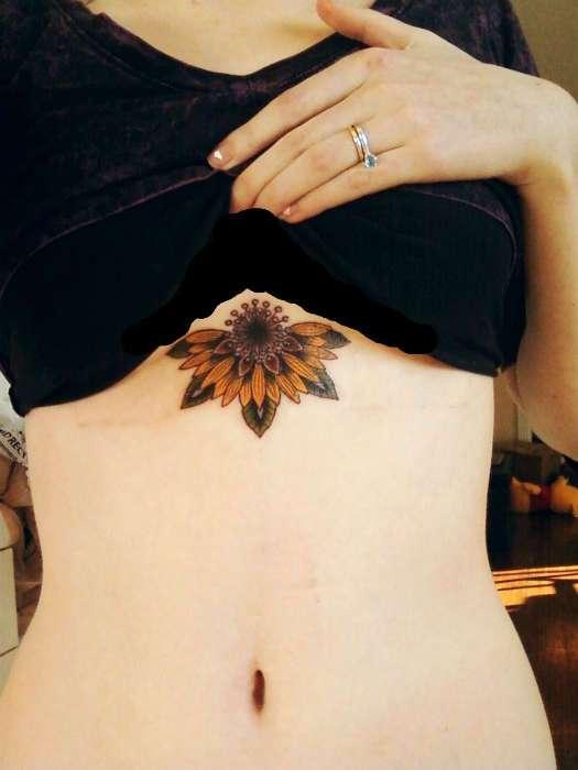 19 стильных татуировок, которые эффектно подчеркнут красоту женской груди
