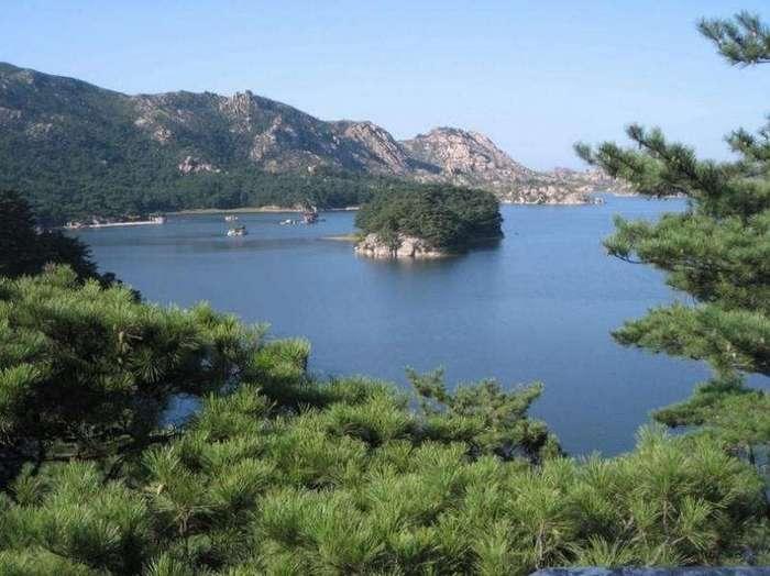 10 причин уехать в Северную Корею прямо сейчас (10 фото)