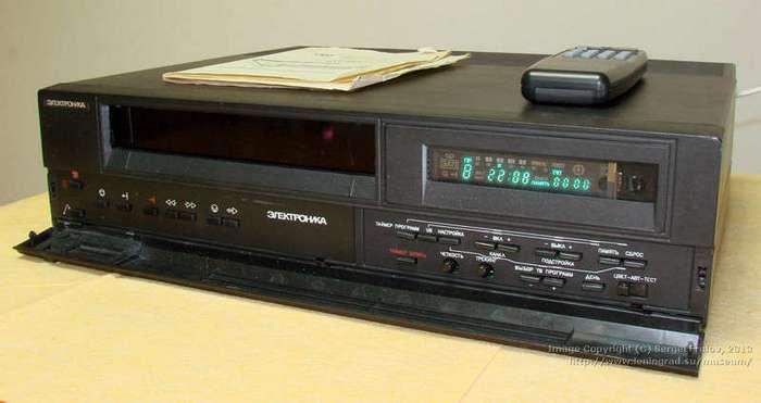Видеомагнитофоны, которые выпускали в СССР (20 фото)