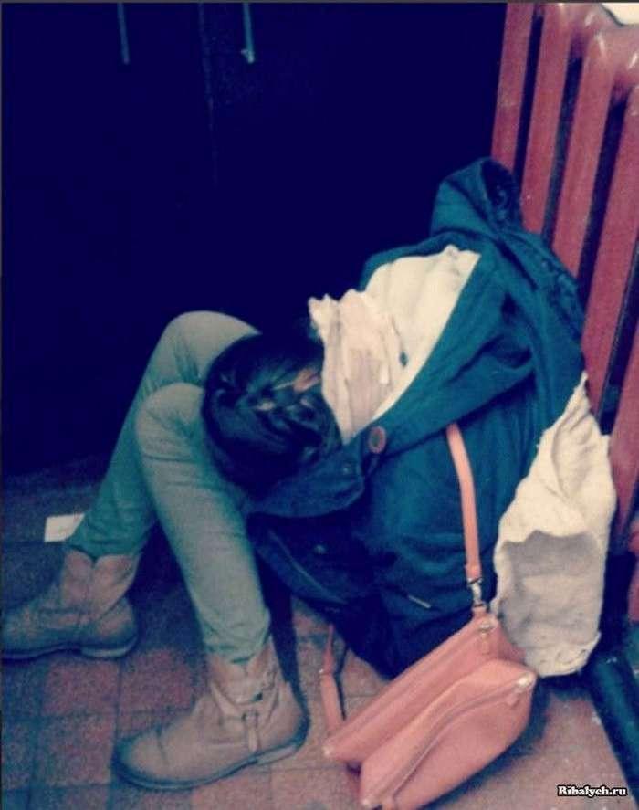Полицай-мадам Лена Пипец ведет издевательский блог о пассажирах (7 фото)