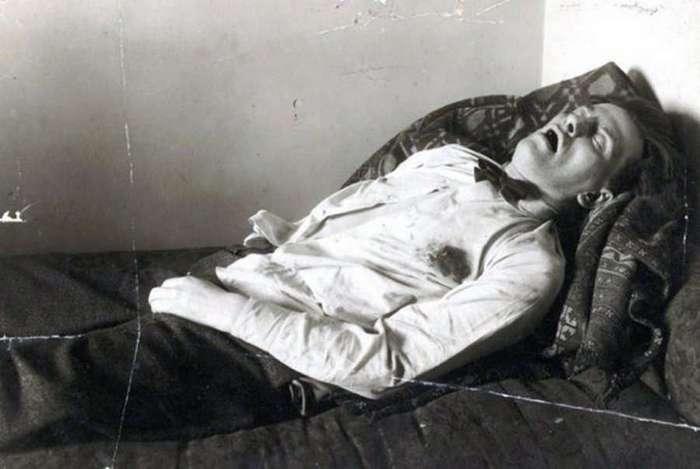 Cоветские знаменитости, которые закончили жизнь самоубийством (51 фото)