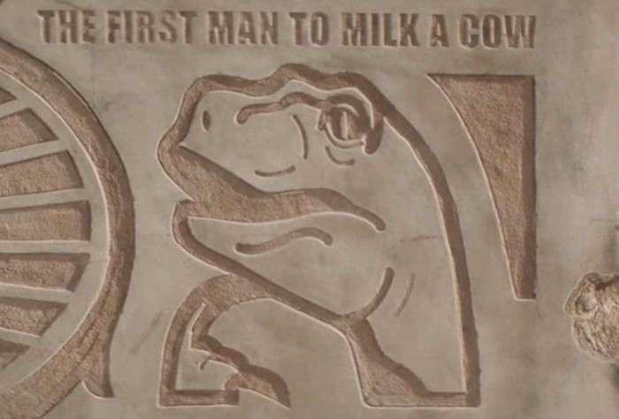 Американцы высекли на огромном камне мемы для потомков