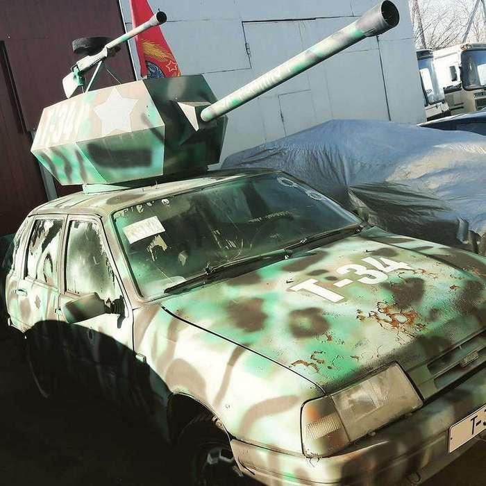 Автомобилисты с фантазией: автопробег в честь Дня Победы