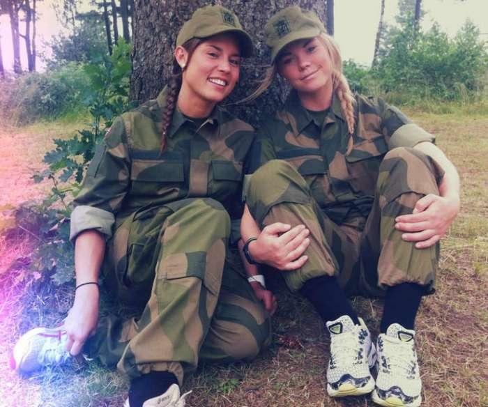 Чертовски красивые девушки с ШИКарными формами. Фото красивых девушек 020617-163-71