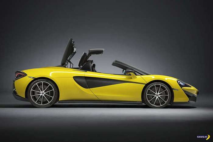 Банановый McLaren 570S Spider