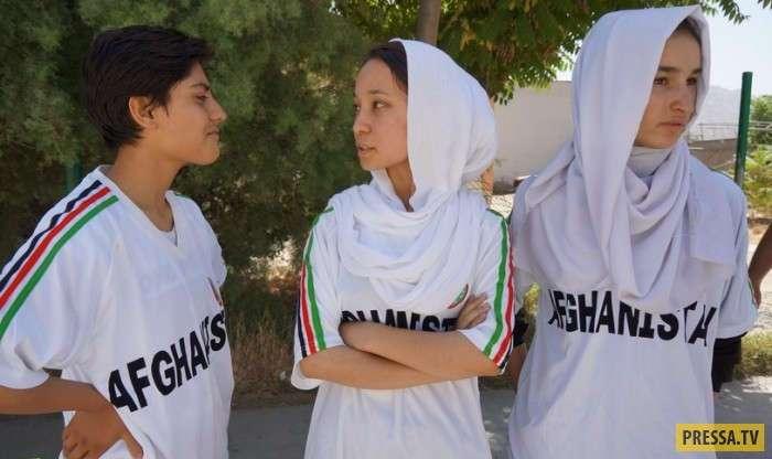 -Бача пош- - необычная афганская традиция (7 фото)