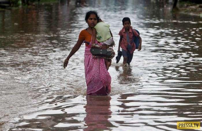 Будни жизни людей в Индии (29 фото)