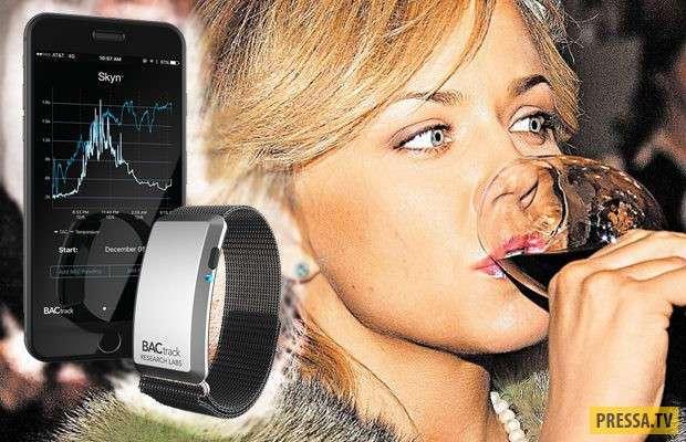 BACtrack Skyn в фоновом режиме измеряет уровень алкоголя в крови (5 фото)