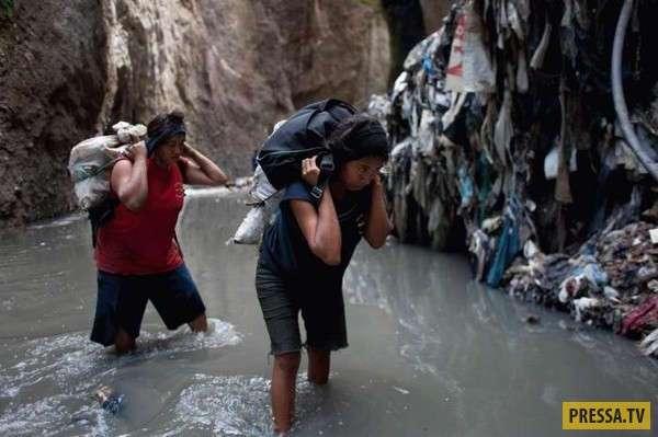 Опасная и отвратительная работа в Гватемале (22 фото)