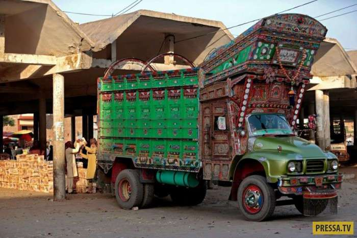 -Арт грузовики- Пакистана (16 фото)