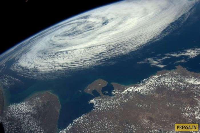 Фантастические кадры нашей планеты с борта МКС (14 фото)