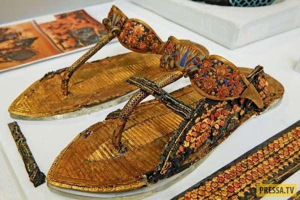 Экспонаты из нового Большого Египетского Музея (22 фото)