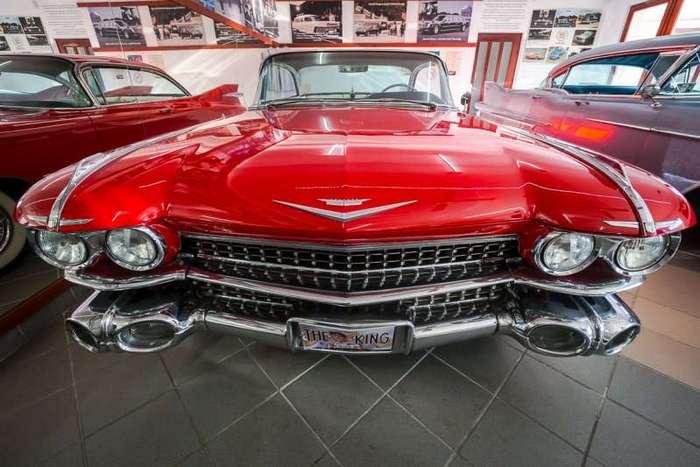 Музей Cadillac в Венгрии (21 фото)