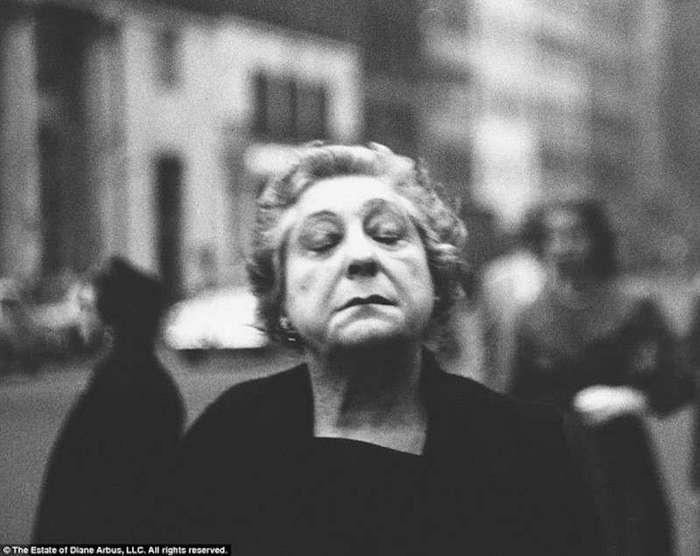 Диана Арбюс - мрачная легенда (13 фото)