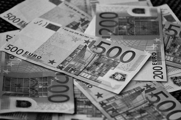Интересные факты о валютах (2 фото)