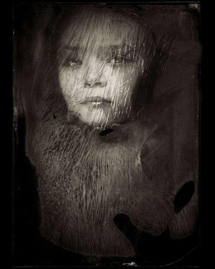 Мрачные портреты детей, созданные в технике XIX века (57 фото)