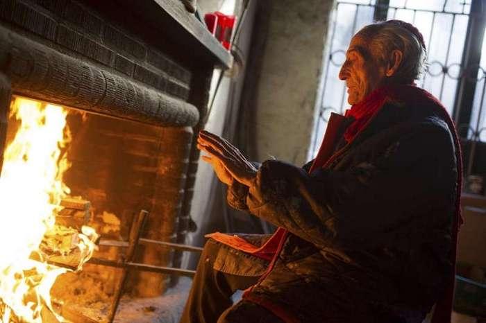 Бог в помощь: 91-летний монах уже полвека самостоятельно строит грандиозный собор (17 фото)