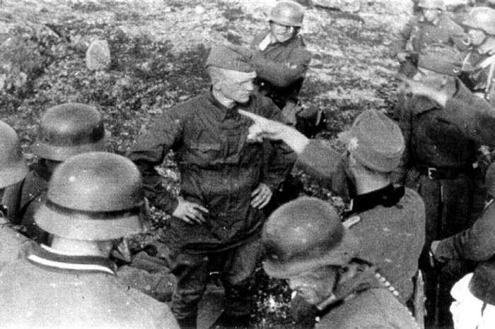 Многие встречали эту фотографию. Этот снимок июля 1941 года (8 фото + 1 гиф)