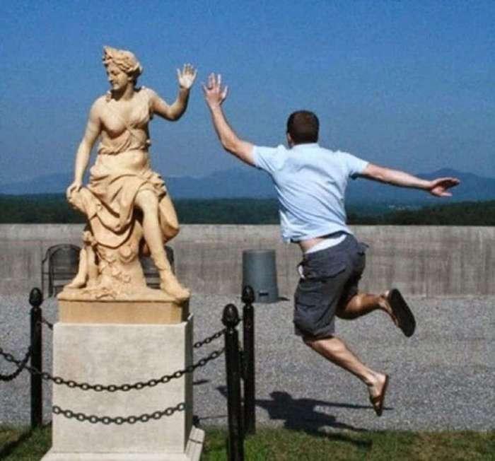Как эксплуатировать памятники, чтобы инстаграм купал вас в лайках (16 фото)