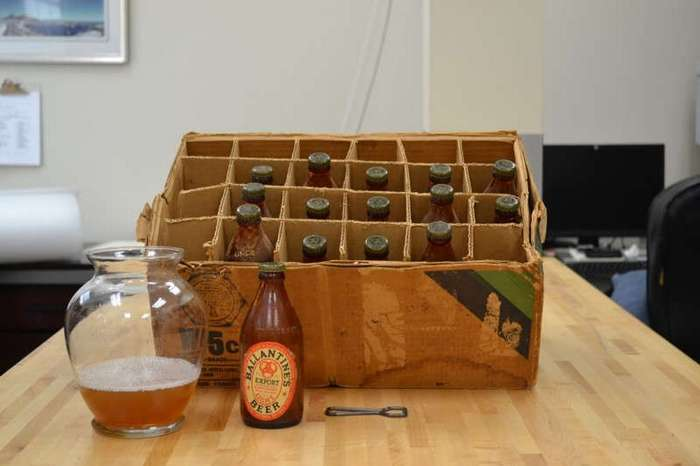 Новые бутылки с пивом времен Второй мировой обнаружили в США (4 фото)
