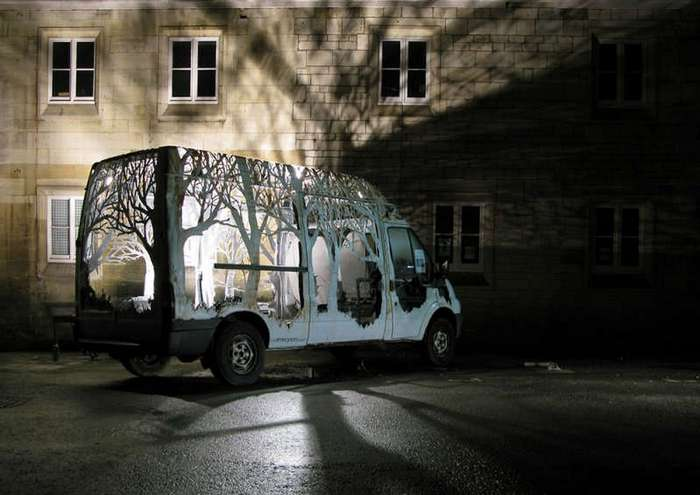 Интересный фургон Ford Transit с музыкального фестиваля Kendal Calling (15 фото)