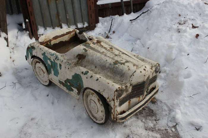 Антиквары устроили настоящую охоту за старыми игрушками! (22 фото)