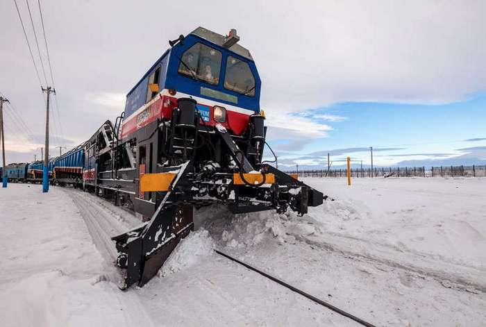 Самая северная в мире железная дорога (35 фото)