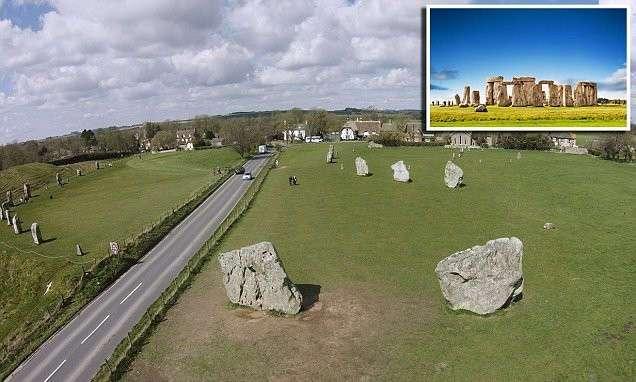 Таинственные деревянные круги комплекса Эйвбери в Англии (5 фото)