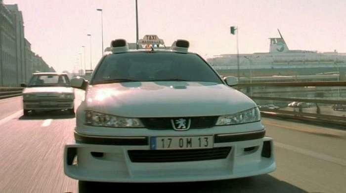 Белорус создал копию такси Peugeot 406 из фильма (5 фото)