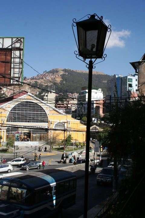 Самая высокогорная столица в мире (14 фото)