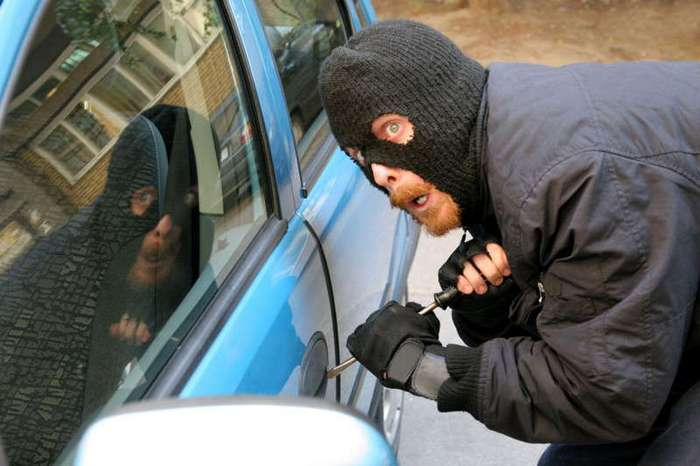 10 способов раззадорить автоугонщиков и вандалов (11 фото)