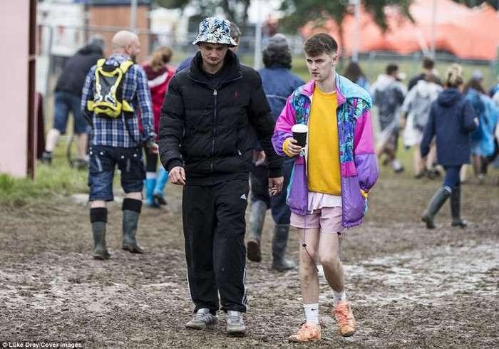 Британские тусовщики тонут в грязи, но не сдаются! (37 фото)